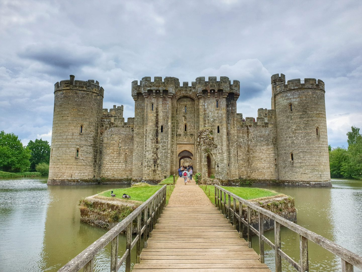 Visiting Bodiam Castle during our camping holiday